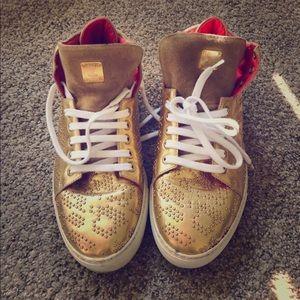MCM Men Gold low-top sneakers, shoes